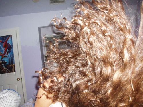 Kara Lambert - Blonde, 2b, Wavy hair, Long hair styles, Readers, Female Hairstyle Picture