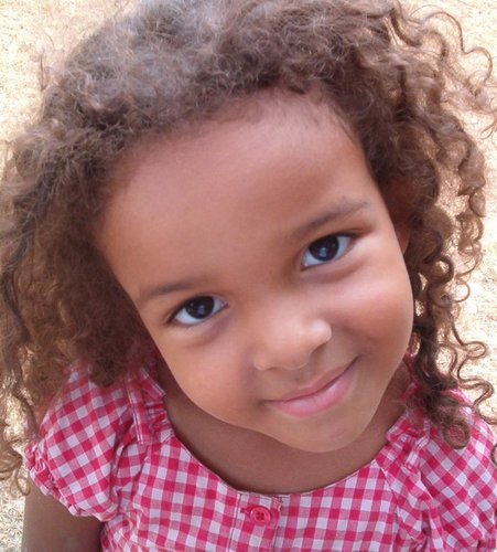 Katelyn - Brunette, 3c, Medium hair styles, Kids hair, Kinky hair, Readers, Curly hair Hairstyle Picture