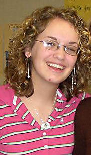 Amanda - Blonde, 3a, Short hair styles, Readers, Curly hair, Teen hair Hairstyle Picture