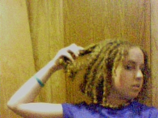 Lisa - Blonde, 3b, Medium hair styles, Readers, Curly hair, Teen hair Hairstyle Picture