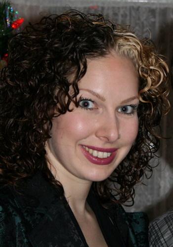 nicole - Brunette, 3b, Medium hair styles, Readers, Female, Curly hair Hairstyle Picture