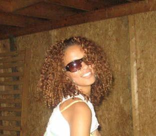 Winnie - Brunette, 3b, 3c, Medium hair styles, Readers, Curly hair, Teen hair Hairstyle Picture
