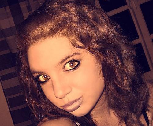 Pauline! - 2a, Brunette, Wavy hair, Medium hair styles, Readers, Teen hair Hairstyle Picture