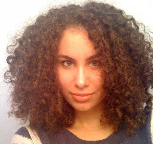 mine.jpg - Brunette, 3b, 3c, Medium hair styles, Long hair styles, Readers, Female, Curly hair, Adult hair, Spiral curls Hairstyle Picture