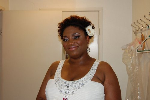 09-25-10 Wedding - Brunette, Short hair styles, Medium hair styles, Wedding hairstyles, Readers, Female, Curly hair, Black hair, Adult hair Hairstyle Picture