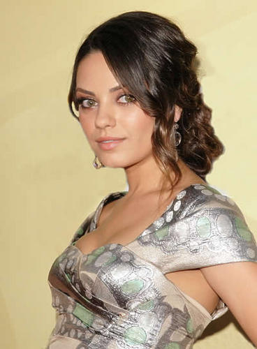 Mila Kunis - Brunette, Celebrities, Wavy hair, Updos, Female, Curly hair, Buns Hairstyle Picture