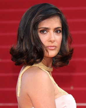 Salma Hayek - Brunette, Celebrities, Wavy hair, Medium hair styles, Female Hairstyle Picture