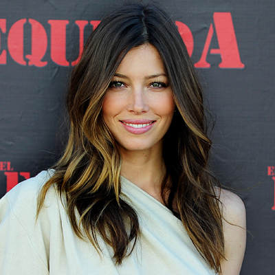 Jessica Biel - Brunette, Celebrities, Wavy hair, Long hair styles, Female Hairstyle Picture