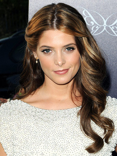 Ashley Greene - Brunette, Celebrities, Wavy hair, Long hair styles, Female, Curly hair Hairstyle Picture