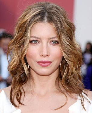 Jessica Biel - Brunette, Celebrities, Wavy hair, Medium hair styles, Female Hairstyle Picture
