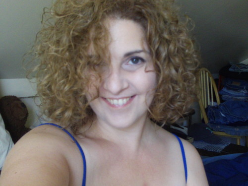 a really good curl day - Blonde, 3b, Medium hair styles, Readers, Female, Curly hair, Adult hair, Spiral curls Hairstyle Picture