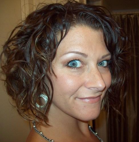 My waves - Brunette, Wavy hair, Medium hair styles, Readers, Female, Adult hair Hairstyle Picture