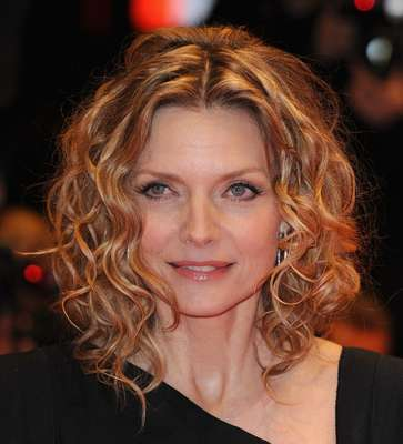 Michelle Pfeiffer - Blonde, Celebrities, Medium hair styles, Curly hair, Spiral curls, Bob hairstyles Hairstyle Picture