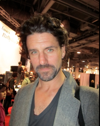 Curly Man at ISSE - 3b, Male, Medium hair styles, Styles Hairstyle Picture