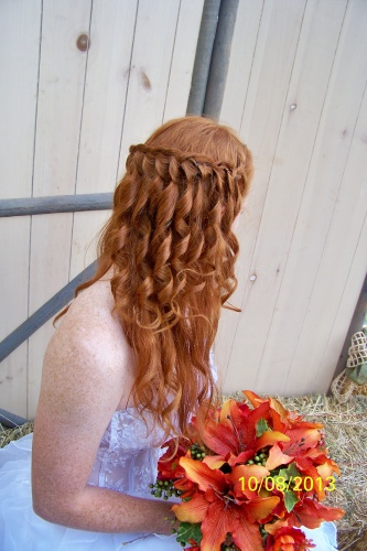 The Back - Redhead, 3a, Long hair styles, Braids, Wedding hairstyles, Readers, Female, Adult hair Hairstyle Picture