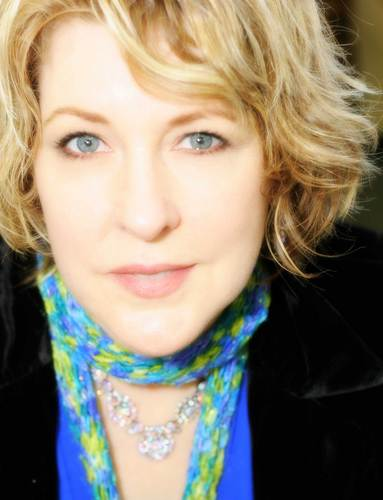 Teresa Callen - Blonde, Mom's Day, 2b, Wavy hair, Mature hair, Short hair styles, Readers, Female Hairstyle Picture