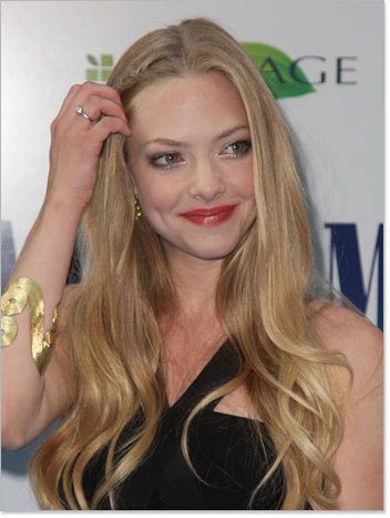Amanda Seyfried - Blonde, Celebrities, Wavy hair, Long hair styles, Female, Curly hair Hairstyle Picture