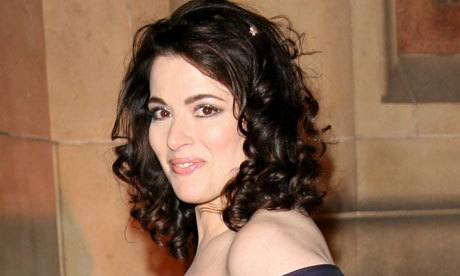 Nigella Lawson - 2a, Brunette, 2b, 3a, Celebrities, Wavy hair, Mature hair, Medium hair styles, Female, Curly hair, 2c, Adult hair, Formal hairstyles Hairstyle Picture