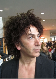 Curly Man at ISSE - 3c, Male, Kinky hair, Styles Hairstyle Picture