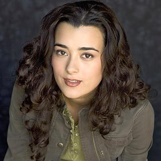 Cote de Pablo - Brunette, 2b, Celebrities, Medium hair styles, Long hair styles, Summer hair, Spring hair, Fall hair, Winter hair, Female, Curly hair, 2c, Black hair Hairstyle Picture