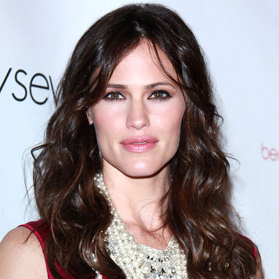 Jennifer Garner - Brunette, Celebrities, Wavy hair, Long hair styles, Female Hairstyle Picture