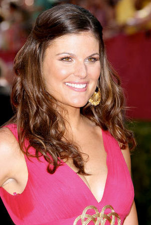Kristin dos Santos - Brunette, Celebrities, Long hair styles, Female, Curly hair, 2009 Emmy Awards Hairstyle Picture