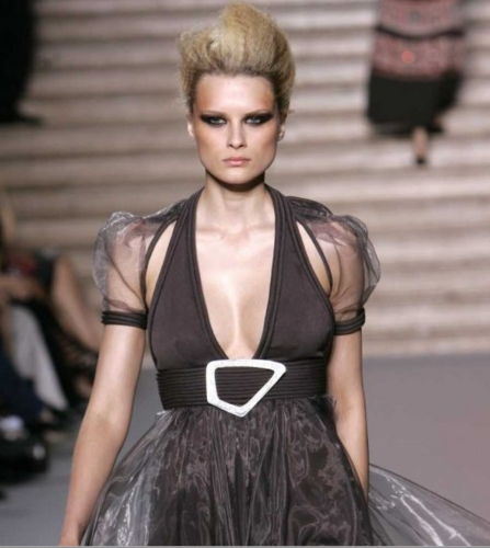 Paris Fashion Week 2009 - Blonde, Medium hair styles, Updos, Styles, Female, 2c Hairstyle Picture