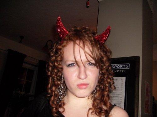 happy devil - Redhead, 3a, Medium hair styles, Fall hair, Readers, Female, Curly hair Hairstyle Picture