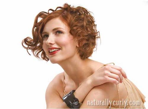 A Look from Sam Villa - Redhead, Wavy hair, Short hair styles, Styles, Female, Curly hair, Adult hair, Layered hairstyles Hairstyle Picture
