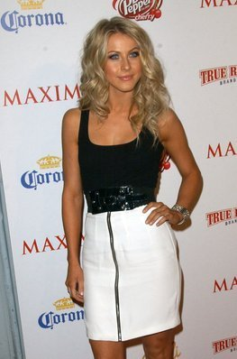 Julianne Hough - Blonde, 2b, Celebrities, Wavy hair, Long hair styles, Special occasion, Female, Curly hair Hairstyle Picture