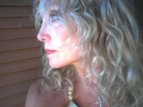 curls - 3a, Mature hair, Medium hair styles, Readers, Curly hair, Gray hair Hairstyle Picture