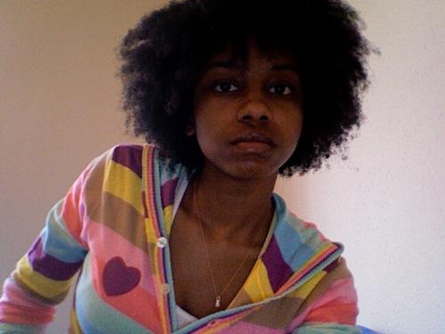 Photo 194.jpg - Brunette, 4a, Medium hair styles, Kinky hair, Afro, Readers, Female, Black hair, Adult hair Hairstyle Picture